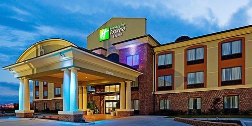 Holiday Inn Express & Suites Salem – Salem, VA